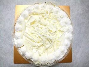 ひな祭りにケーキ