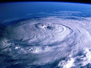 台風・温帯低気圧・熱帯低気圧の違い