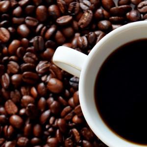 レッドブルとカフェイン