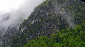 登山にゴアテックスのレインウェアがおすすめ